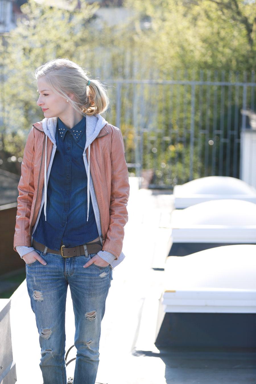 girlfriend jeans kombinieren welche jacke